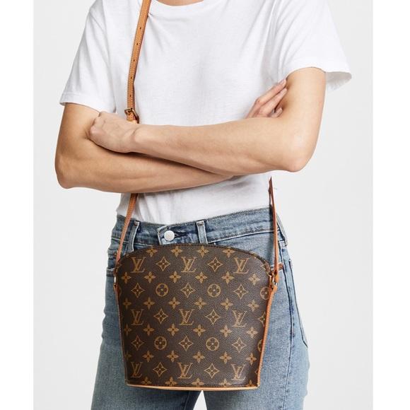 bd2a4aa4849 Louis Vuitton Handbags - LOUIS VUITTON VINTAGE 2003 MONOGRAM AB DROUOT